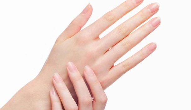 Female-hands-with-manicured-nails